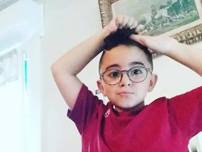 Jacopo, il bambino di cristallo che non può giocare a calcio