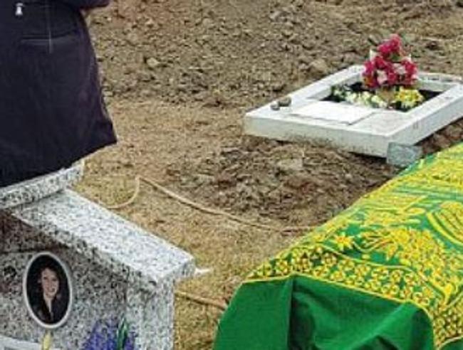 Torino, clochard morto di freddo: al funerale solo 9 persone, 2 cronisti