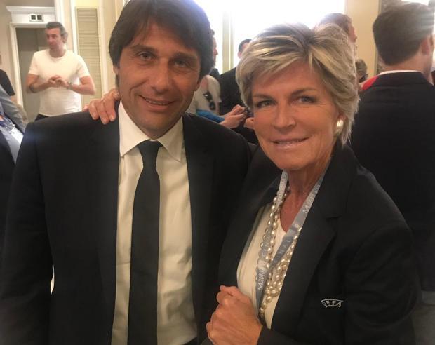 Inter, dopo la sconfitta con la Juventus arriva il tapiro per Conte