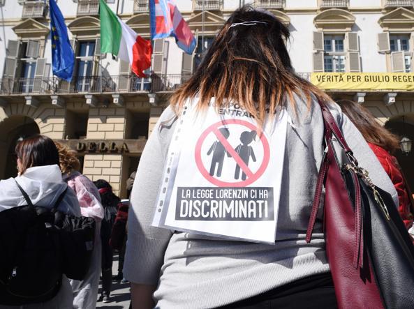 Ufficio Casa Torino : Torino la scuola sceglie la linea dura a casa i bambini non