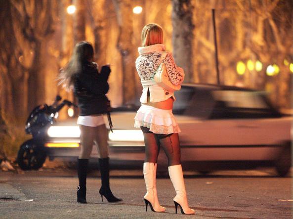 Risultati immagini per prostituta
