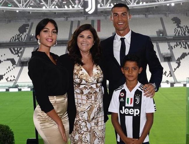 Per Ronaldo esordio in famiglia il 12 agosto a Villar Perosa. Ora torna in vacanza