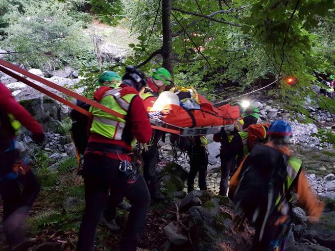 È salvo dopo 36 ore lo speleologo intrappolato in una grotta Foto