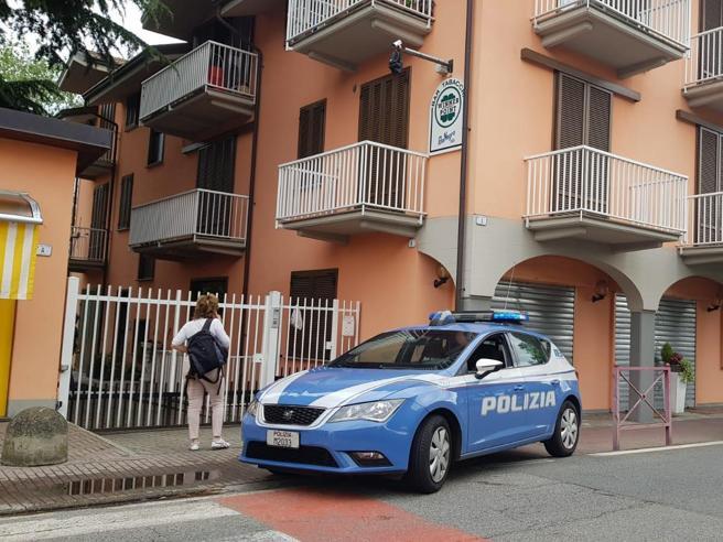 Assalto notturno al tabaccaio, il titolare uccide il ladro. Salvini: «Totale solidarietà»