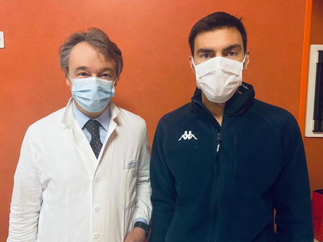 Torino, Gabry Ponte è stato dimesso dopo l'intervento al cuore