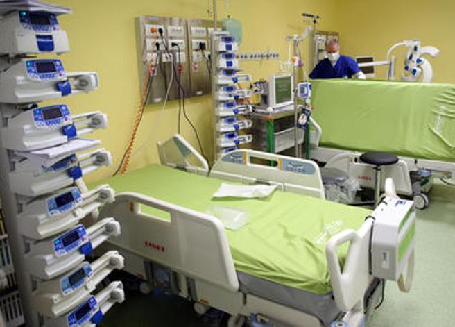 Torino, donna di Lanzo muore 12 ore dopo il vaccino: la Procura dispone l'autopsia