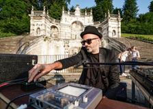 Samuel, il dj set è in Villa della Regina