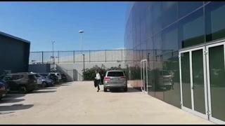 La Juve riparte da Allegri, l'arrivo al JMedical e gli applausi dei tifosi