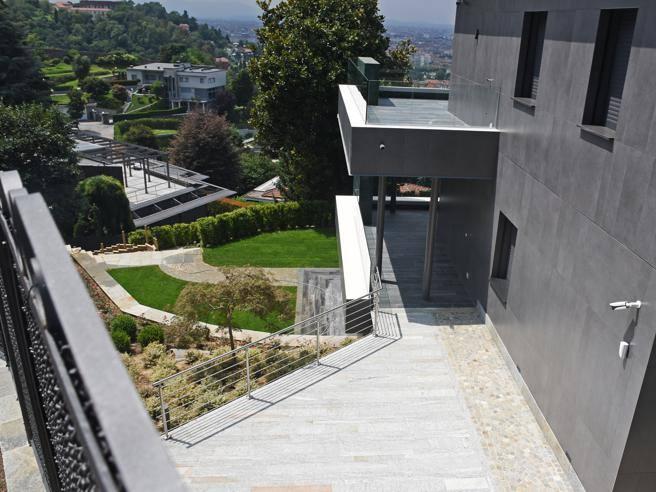 Ronaldo sceglie la collina ecco la residenza torinese for La casa di ronaldo a torino